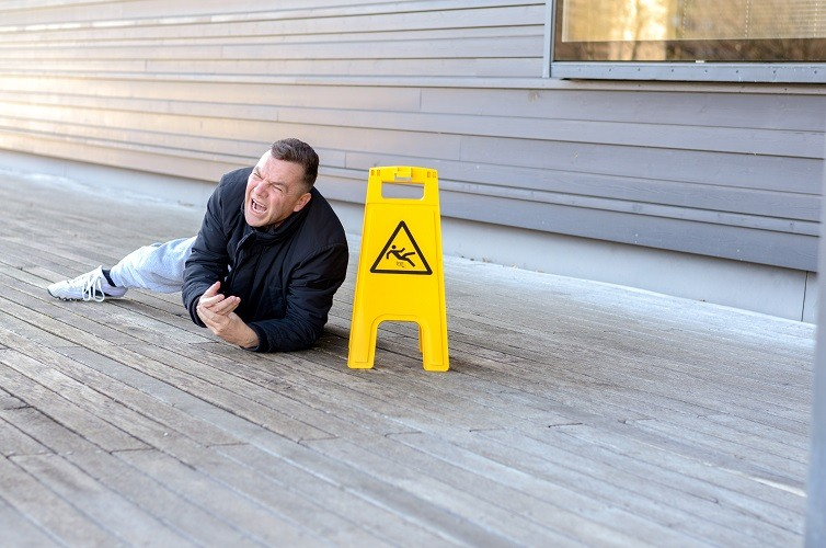 Premises Liability In Arizona: How To Establish That The Owner Had Notice Of The Dangerous Condition?
